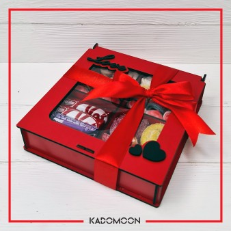 جعبه چوبی پاستیل و شکلات