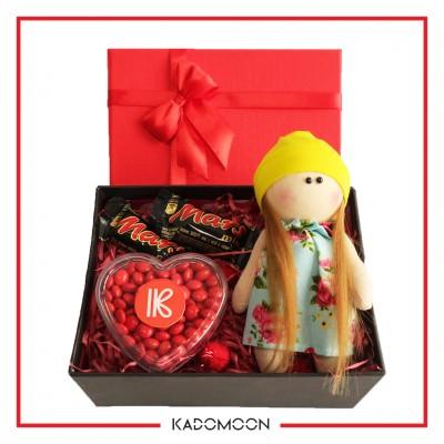 پک هدیه عروسک روسی و شکلات کد 02